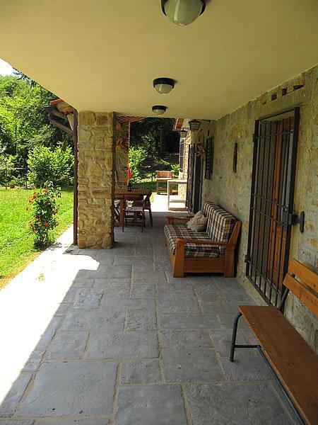 toskana ferienhaus mit pool in der toscana rocche adriana. Black Bedroom Furniture Sets. Home Design Ideas