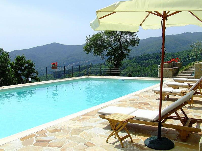 Villa mit Pool in der Toskana – Villa Rosa