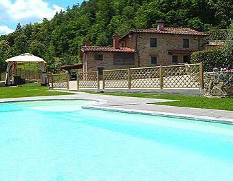 Toskana: Villa mit Pool für 6 Personen